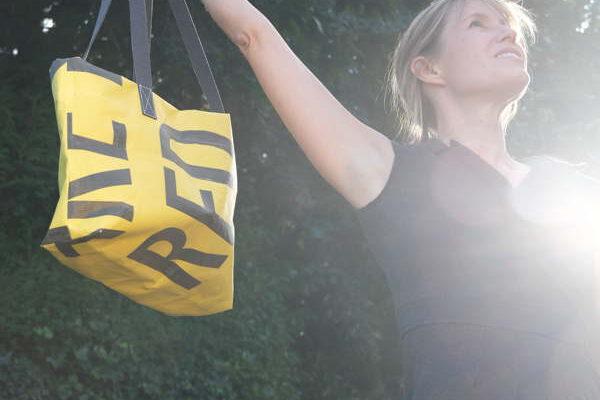 Eine Design Einkaufstasche für Freizeit, Shoppen und die Arbeit.